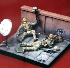 Airborne Miniatures 1/35 3511 US Marines (Iraq) - 2 Figures with Base