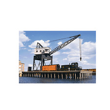 3067 Walthers Cornerstone Pier and Traveling Crane HO Scale New Kit
