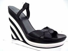 STUART WEITZMAN Black & White ATTITUDE Wedge Sandals Platform Size 6 1/2 M Spain