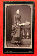 PHOTO CDV JEUNE FEMME GEVREY PHOTOGRAPHE PARIS AVENUE DE WAGRAM