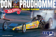 MPC 1/25 1972 Don Prudhomme The Snake Yellow Feather Dragster PLASTIC KIT 844