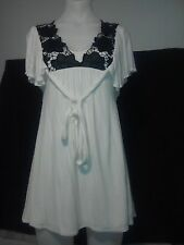 Bardot Ladies Top/Tunic in White with Black Floral Detail on Front Size 8
