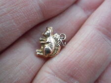 GOOD ANTIQUE VICTORIAN 9CT GOLD HOLLOW PUFFED SQUIRREL CHARM OR PENDANT