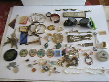 LARGE LOT OF COLLECTIBLE GOODIES - ALL KINDS IN THIS LOT - SEE PICS - TUB MM