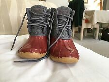 Women's Water Proof Boots Size 7
