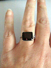 10K WHITE GOLD 7.78 CTW GARNET & DIAMOND SOLITAIRE RING SIZE N 1/2