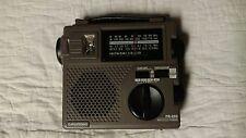 FR-200 GRUNDIG AM-FM SW EMERGENCY WEATHER RADIO Hand Crank with case