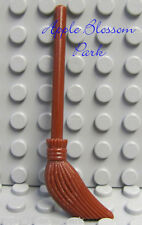 NEW Lego Minifig BROWN BROOM - Friends/Belville/Harry Potter Kitchen Utensil