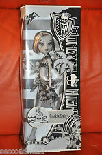 MONSTER HIGH ,  FRANKIE STEIN   . NEW  IN BOX , 1 EDITION  , BLACK AND WHITE