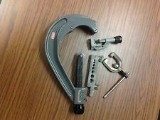 RIDGID 156 Tube cutter & ST-1200 Enclosed Feed Tubing Cutter