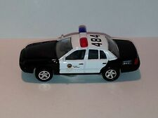 WELLY MINIATURE1999 Ford Crown Victoria Police DIE CAST W/ PLASTIC PARTS
