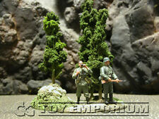 *** RETIRED ***  Build-a-Rama 1:32 Hand Painted WWII Green Tree Group