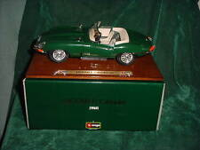 SWEET GIFT 1961 JAGUAR E CABRIOLET 1:18 SCALE DIE CAST COLLECTIBLE CAR & STAND