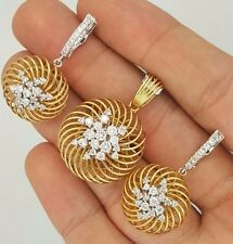 18K YELLOW GOLD DIAMOND FLORAL FLOWER DESIGN ROUND PENDANT EARRINGS JEWELRY SET