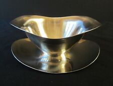 STAINLESS STEEL 18-8 SAUCE GRAVY BOAT WITH ATTACHED UNDERPLATE - GUC!