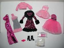 Barbie Outfit Set of 10 Pieces PINK THEME Model Muse Fashion Fever FAO SCHWARZ