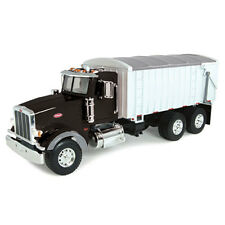 NEW John Deere Big Farm Peterbilt Model 367 w/Grain Box, Lights & Sounds (46184)