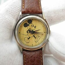 MICKEY MOUSE, Euro Disney, Wood Looking Dial, Rare, Unique Men's/Teen WATCH, 968
