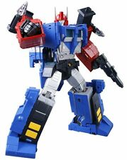 Takara Tomy Transformers Masterpiece MP31 delta Magnus Action Figure