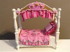 LOVING FAMILY CANOPY BED DOLLHOUSE KIDS BEDROOM FURNITURE FISHER PRICE
