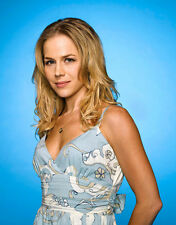 Julie Benz UNSIGNED photo - P2753 - Dexter