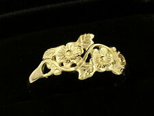R010   LOVELY 9ct SOLID Yellow GOLD Blossoms & Leaves Ring size O