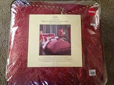 Lenox Waltx QUEEN Comforter Set - 4 Piece Red and Gold New!