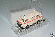 """Roco 1:87 H0  VW Bus T3 """"DRK"""" VP(E8970)"""