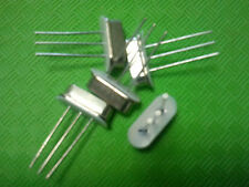 QUARTZ  3.6864 MHz  ± 30ppm THT HC49/S-3  10pF -40 à  85 °C
