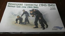 Alanger 035241  German Tank Crew ( 1943-1945 )  1/35 scale.