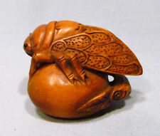 "1940's Japanese Boxwood Wood Netsuke ""Cicada"" Figurine Carving C02"