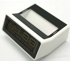 Pocket Digital LCD Display Year/Date Snooze Alarm Clock Temperature Meter