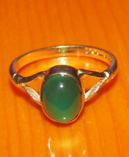 BEAUTIFUL SECONDHAND 9ct YELLOW GOLD CABOCHON CHRYSOPRASE RING SIZE J
