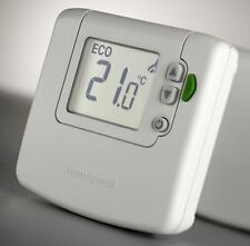 Honeywell DT90E Wired Digital Room Thermostat with ECO feature DT90E1012