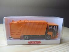 Wiking, 638 03 34, Pressmüllwagen (MB Econic), orange     1 : 87