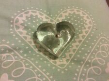 VINTAGE DARTINGTON CRYSTAL HEART MADE IN ENGLAND PAPER WEIGHT FRANK THROWER