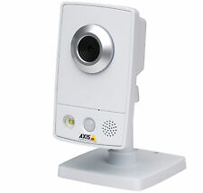 AXIS M1031-W Video camera IP with sensor PIR and LED Wireless surveillance home