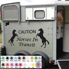 Precaución caballos en tránsito Horsebox Pegatina de Vinilo Calcomanía Signo De Remolque Ecuestre