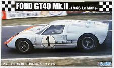Fujimi RS-32 Ford GT40 Mk.II 1966 Le Mans 1/24 Scale Kit
