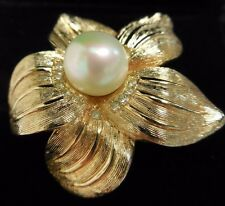 Christian Dior brooch pearlesque & diamantes on goldtone flower 38mm x 35mm