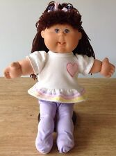 CABBAGE PATCH KID GIRL DOLL BROWN HAIR VIOLET EYES TEETH OUTFIT 2004 CPK