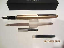 Pilot Metropolitan Fountain Pen- GOLD Plain FINE NIB-Cartridges+Converter