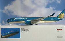 Herpa Wings 1:200 Airbus A350XWB  Vietnam Airlines VN-A886  557498