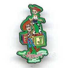 Disney NWT TOY STORY WOODY JESSE 2003 VERY MERRY CHRISTMAS PARTY PARADE LE pin