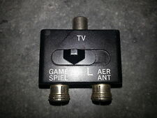 RF TV Splitter Switch Box Aerial / Antenna NES  SNES  N64  Nintendo