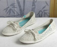 10-Keds Womens Natural Off-White Lace Fabric Lace Slip On Sneakers Shoes