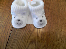 NWT Carter's boys or girls knitted booties; white with doggie face size 0-3m