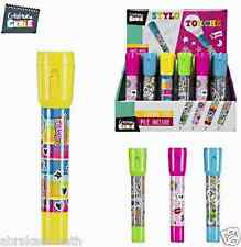 1 STYLO A BILLE LAMPE TORCHE PAPETERIE SCOLAIRE