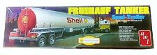 AMT Fruehauf Tanker Semi-Trailer 1/25 Scale Plastic Model Trailer Kit - AMT918