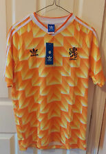 Holland 1988 retro soccer jersey. SIZE: SMALL